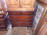 vintage chest of drawers ideal shabby chic / upcycle in yeovil