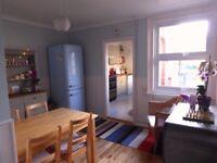 3 Bedroom Semi-Detached House to rent in Cranleigh