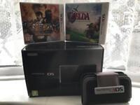 Nintendo 3DS cosmos black Bundle ** Excellent Condition**