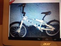 BRAND NEW IN BOX 20 INCH BMX TWISTER BOYS BICYCLE