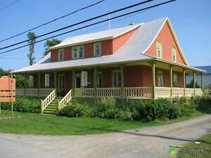 299 900$ - Maison 2 étages à vendre à Rimouski (Le Bic)