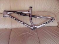 Scott Spark 10 full suspension full carbon fiber mountain bike frame size medium
