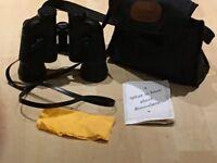 Halina Discovery Binoculars with soft case