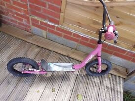 Kids/Teenagers Storm Scooter with brake good condition