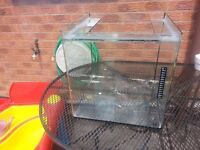 16 inch CUBE FISH TANK / Aquarium with rounded edges....bargain !!! for coldwater or tropical fish.