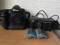 Nikon D4 Body only low shutter count 16k only