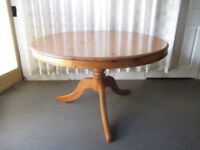 LARGE ROUND SOLID PINE FARMHOUSE STYLE SINGLE PEDESTAL FARMHOUSE DINING TABLE FREE DELIVERY