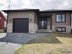 299 500$ - Bungalow à vendre à Sherbrooke (Rock Forest)