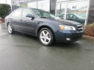 2007 Hyundai Sonata WOW! LIMITED WITH ONLY 72K LEATHER, SUNROOF,