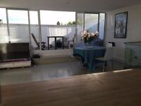 Stunning Notting Hill Flat - room to rent