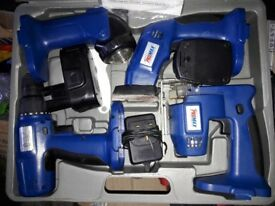 PROMAX DIY BOXED SET: DRILL/JIG SAW/ SANDER/ FLASHLIGHT (NEEDS NEW BATTERY)