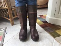 TOGGI size 43 Country Boots