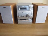 Sony Stereo system with radio/tape/cd