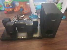 Panasonic sc-xh150 DVD home theatre sound system