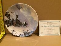 """24x Wedgwood Danbury """"Lord of the Rings"""" Plates - Complete Collection - Certificates Included"""