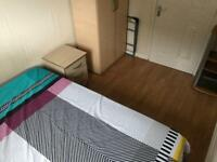 Single room in Wood Green