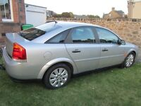 03 Vauxhall Vectra SXI MOT till June, towbar, low mileage