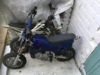 2 x 50cc super dirt mini motos