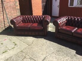 ANTIQUE OXBLOOD RED LEATHER CHESTERFIELD SUITE TIMELESS CLASSIC FURNITURE CAN DELIVER COME AND VIEW