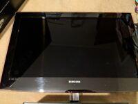 "USED SAMSUNG 32"" FULL HD 1080P LED TV + Chromecast"