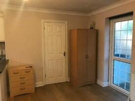 Studio flat Fully furnished