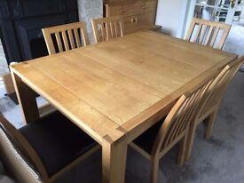 John Lewis Monterey Dovetail Solid Oak Extending Dining Table.