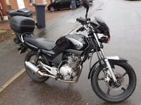 YAMAHA YBR 125 (2008) MOT UNTIL JULY 2018, FUEL INJECTED, WINDSHIELD, LEO VINCE EXHAUST, TOP BOX
