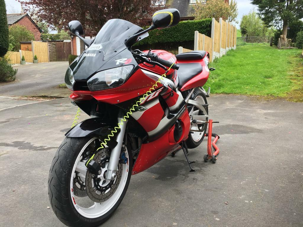 motorbike 600cc yamaha r6 yzf in shrewsbury shropshire gumtree. Black Bedroom Furniture Sets. Home Design Ideas