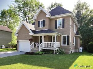 259 900$ - Maison 2 étages à vendre à Bedford