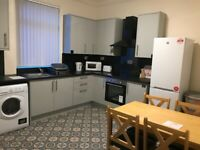 S11 Inclusive of Bills & Tax Luxury Bedsit with SHOWER ROOM /ONLY KITCHEN SHARED