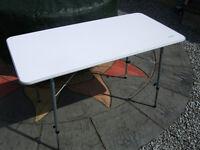 Vango folding 'birch' table - white