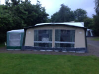 Trio Sport Carrousel Awning.