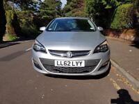 Vauxhall Astra 1.4 i VVT 16v Exclusiv 5dr,2012, £3950,