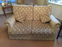 2 Seater with 2 matching cushions blue and cream vgc
