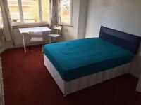 -- Double room available now in Cricklewood --- 180pw