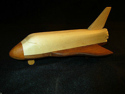 Space Shuttle Space- Shuttle  Nasa  Flugzeug Rakete HANDARBEIT NEU Holz