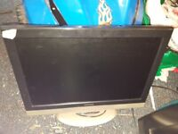 Up for sale is 8 tvs