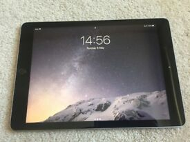 iPad 5th Generation, 2017, 32gb, WIFI AND 4G, A1823 Space Grey
