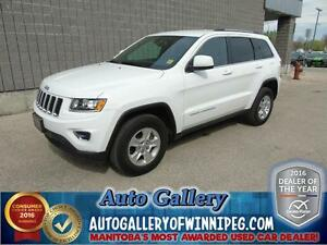 2014 Jeep Grand Cherokee Laredo *4x4/Low kms!