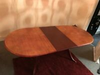 Extendable dining room table - great upcycling project