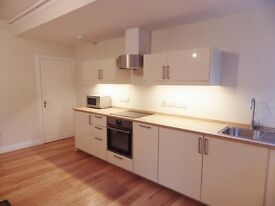 1 bedroom fully furnished basement flat to rent on Broughton Place, New Town, Edinburgh