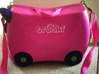 Pink Travel Trunki with saddle foot pegs and bag accessories