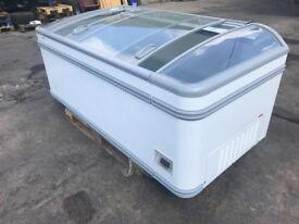 Athens 207 AHTXL - Commercial Chest Freezer