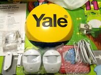 Yale YEFKIT2 Easy Fit Alarm: 2 new motion detectors, 1 used door/window contact and 1 new dummy