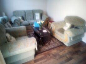 Green sofa set
