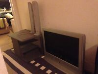 TV & TV stand & speakers only £20