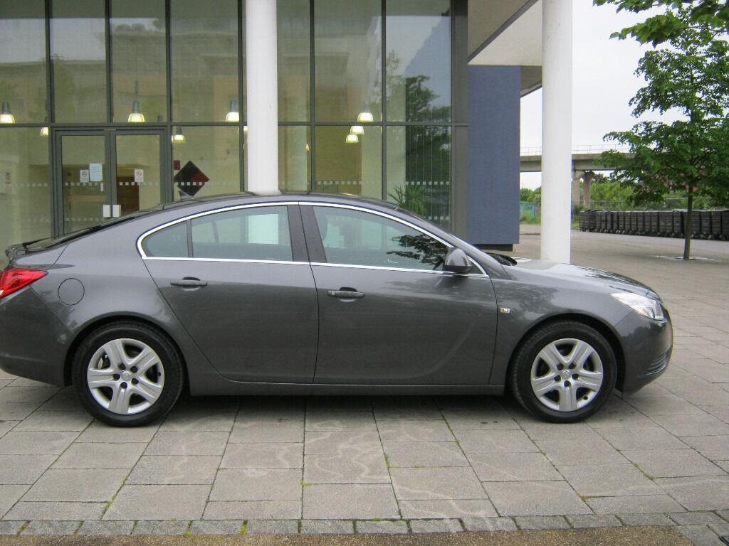 61 reg 2011 vauxhall insignia ecoflex auto stop, 2.0 cdti diesel manual, 1 owner, long mot hpi clear