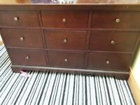 Bedroom dressing table and 2 bedide lockers solid wood