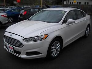 2014 FORD FUSION SE- BLUETOOTH, ALLOY WHEELS, SPEED CONTROL, POW