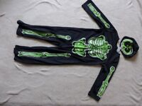 Skeleton Suit with cap age 5-6